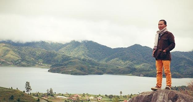 Pesona 4 Danau Dan 4 Gunung Di Bukit Cambai