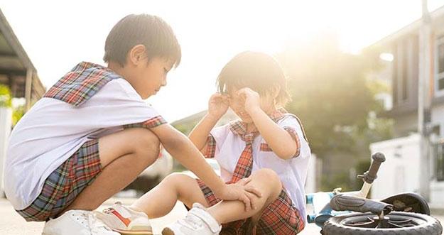 5 Cara Meningkatkan Rasa Empati Anak