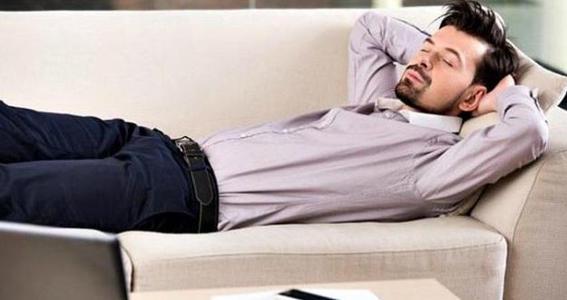 8 Manfaat Tidur Siang