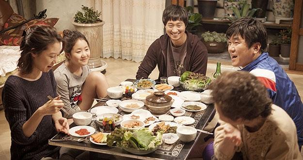 5 Aturan Makan Di Korea Selatan