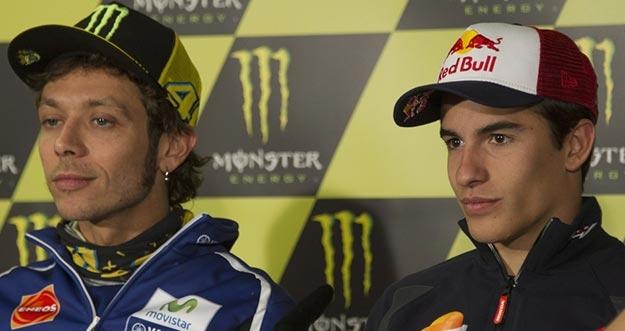 Valentino Rossi Ditipu Marc Marquez