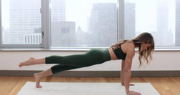 5 Manfaat Olahraga Pilates Bagi Perempuan