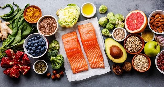 Makanan Yang Dapat Membantu Wajah Terlihat Lebih Muda