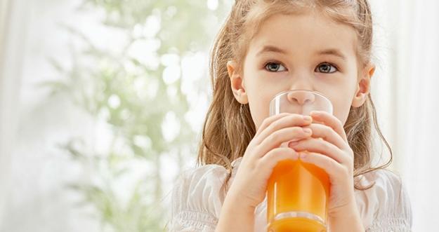 Usia Berapa Anak Boleh Minum Jus?