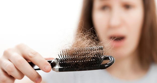 Rambut Mudah Rontok? Konsumsi 7 Makanan Ini Untuk Memperkuat Rambut