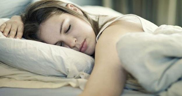 Tidur Miring Kiri Bagi Kesehatan Tubuh