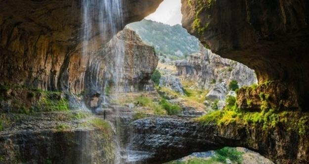 Baatara Gorge, Gua Air Terjun Cantik dari Tannourine