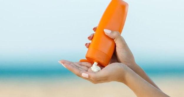 6 Kesalahan Umum Saat Menggunakan Sunscreen