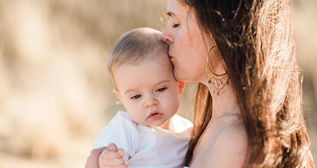 5 Tips Menciptakan Kedekatan Dengan Bayi Yang Baru Lahir