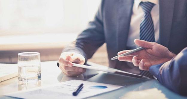 Alasan Perusahaan Memperkerjakan Konsultan Bisnis