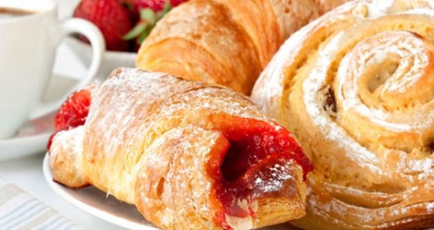 10 Makanan Yang Sebaiknya Tidak Dikonsumsi Untuk Sarapan