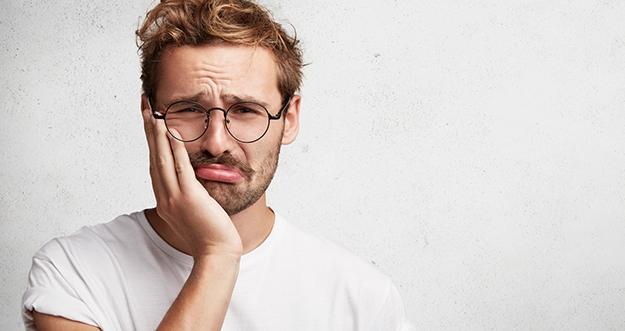 4 Cara Mengatasi Gigi Sensitif