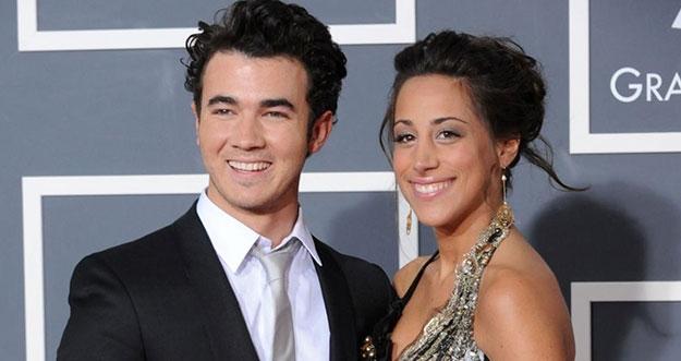 Beruntungnya 5 Orang Ini Bisa Menikah Dengan Selebriti Hollywood