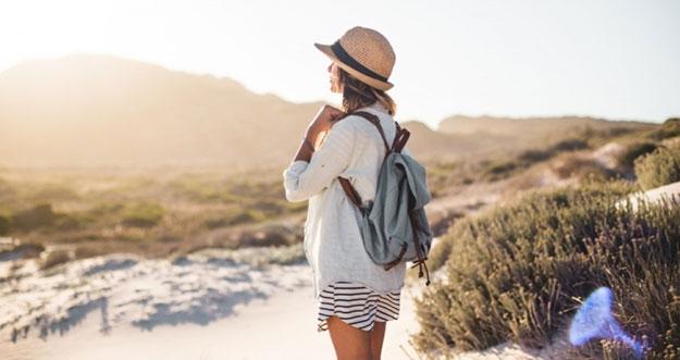 7 Tips Liburan Ke Luar Negeri Sendirian