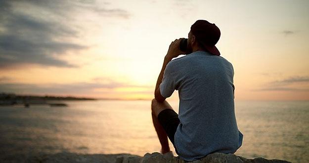 4 Alasan Putus Persahabatan Lebih Menyakitkan Daripada Putus Cinta
