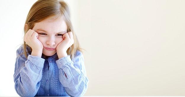 3 Tanda Anak Sedang Stres
