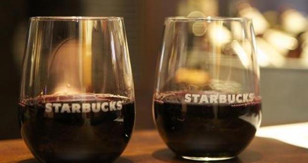 Tidak Puas Dengan Kafein, Kini Starbucks Sedia Bir dan Wine