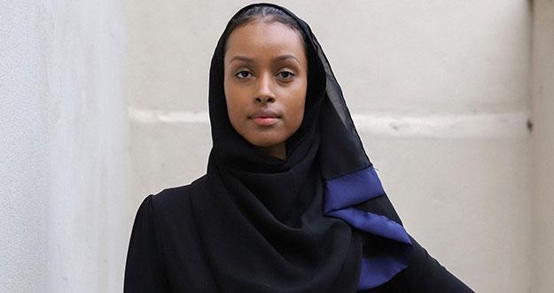 Model Hijab Pertama di Agensi Terkenal Eropa