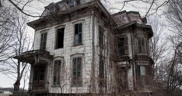 10 Rumah Berhantu Dari Berbagai Negara Di Dunia