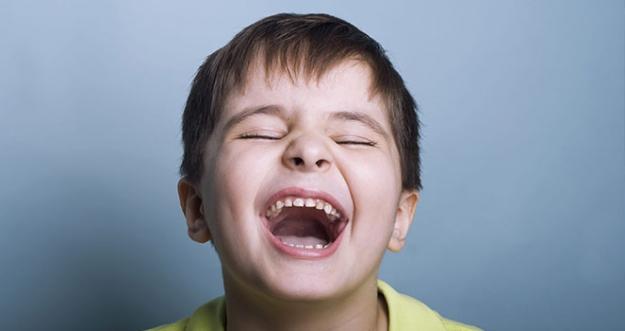 10 Manfaat Dari Tertawa Untuk Kesehatan