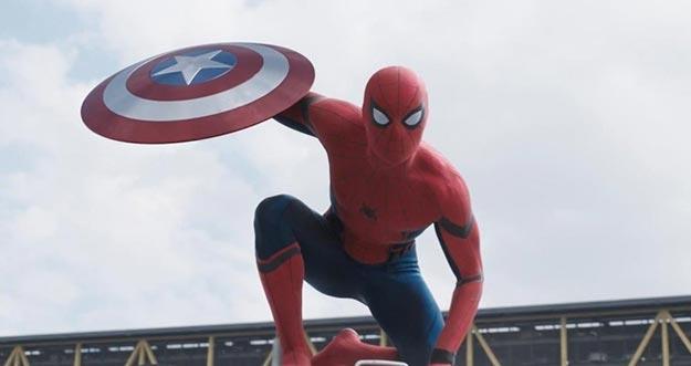 Terungkap Sudah  Tim Yang DIbela Oleh Spiderman