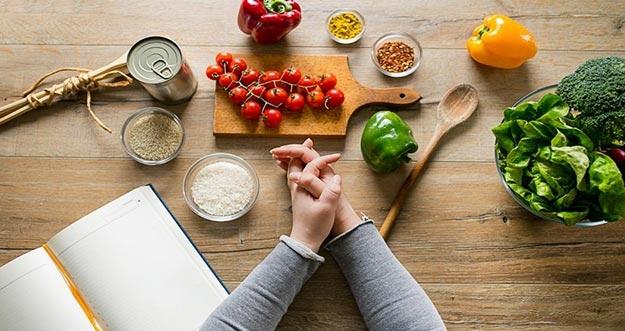 Cara Diet Aman Untuk Mereka Yang Memiliki Masalah Lambung