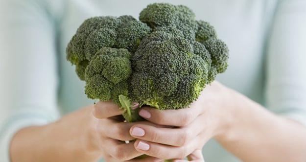 10 Alasan Wanita Harus Rajin Makan Brokoli