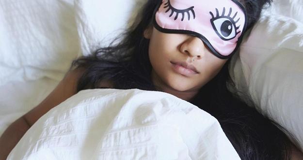 Alasan Orang Tidak Bisa Tidur Tanpa Menggunakan Selimut