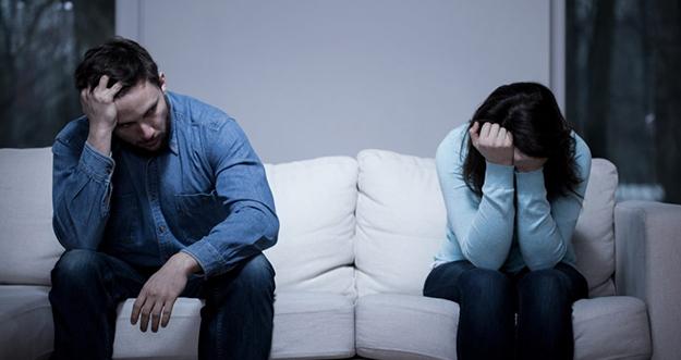 Bosan dalam Hubungan dengan Pasangan? Ini yang Harus Dilakukan