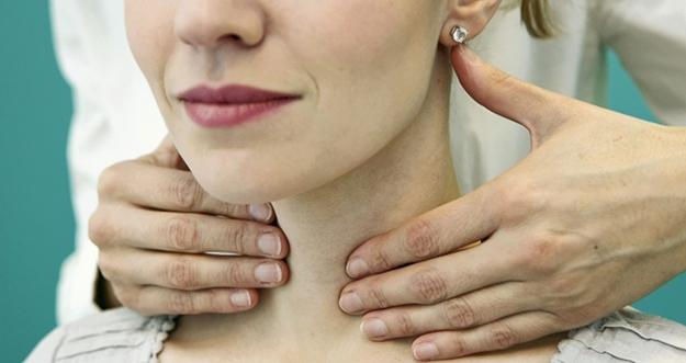 Bahaya Membunyikan Leher