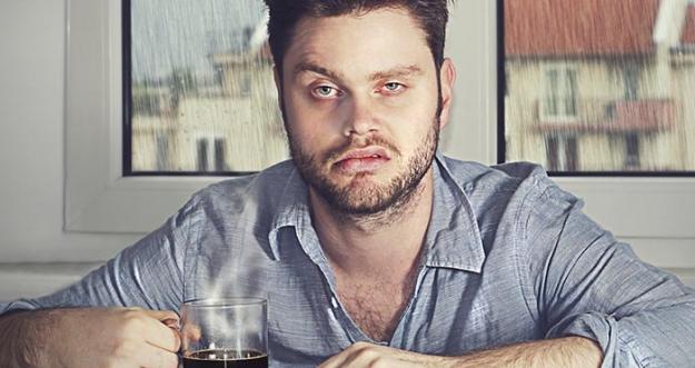 Sakit Kepala Setelah Minum Alkohol? Konsumsi Makanan Ini