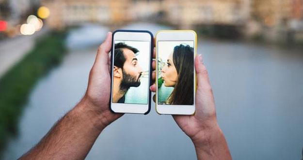 4 Tips Mempertahankan Hubungan Jarak Jauh