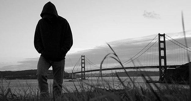 4 Cara Mengatasi Kesepian