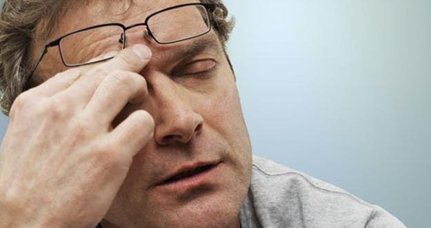 Alasan Sakit Kepala Ketika Menggunakan Kacamata Baru