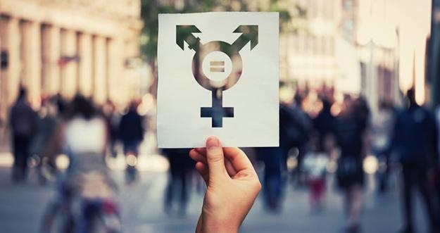 Beda Panseksual dan Biseksual