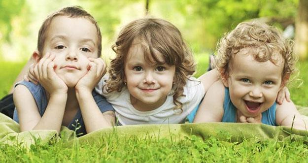 Alasan Anak Bungsu Cenderung Lebih Pintar