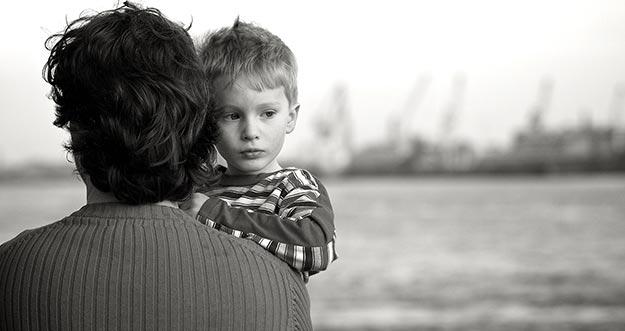 7 Tanda Buah Hati Memiliki Kepribadian Introvert