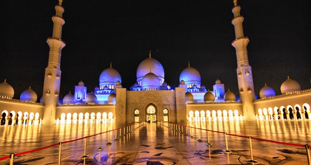 10 Masjid Terindah Di Dunia