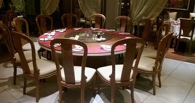 Sejarah Meja Putar Di Restoran Cina