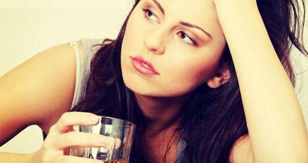 5 Kebiasaan Ini Bikin Perempuan Terlihat Cepat Tua