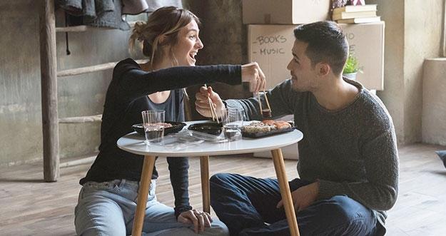 3 Kelebihan Memiliki Suami Introvert
