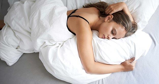 Perusahaan Ini Rela Menggaji Tinggi Orang Yang Suka Tidur