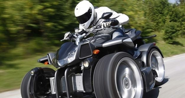 Lazareth Wazuma V8F: Motor Roda Empat Bermesin Ferrari