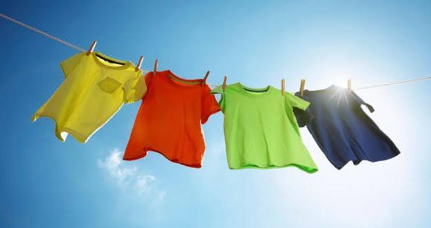 Tips Agar Pakaian Tidak Bau Apek Saat Musim Hujan