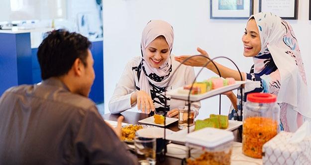 4 Pola Makan Yang Perlu Dihindari Saat Menjalankan Puasa