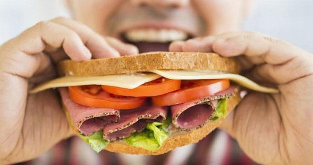 Makan Dalam Kondisi Perut Kosong Ternyata Berbahaya