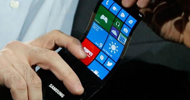 Spesifikasi Smartphone Lipat Samsung