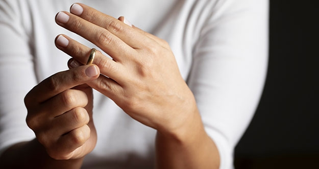 4 Cara Mempertahankan Hubungan Dari Perceraian