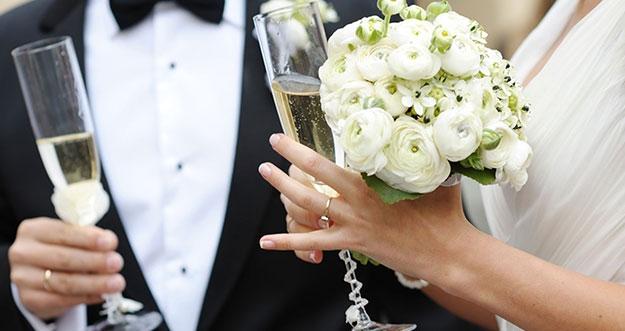 Kesulitan Di Awal Pernikahan Menurut Wanita