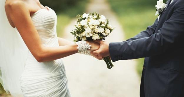Menikah Dengan Pria Baik atau Pria Yang Dicintai